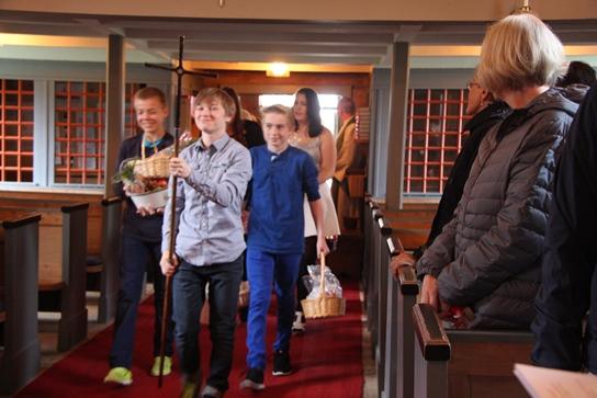 http://www.fmkirken.no/images/originale/Hosttakkefest/IMG_1326.JPG